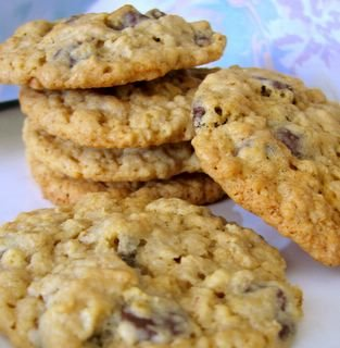 Only Oats-Oatmeal Chocolate Chip Cookies