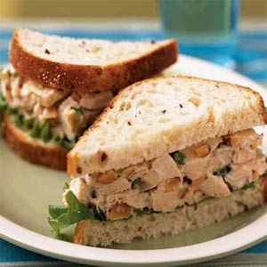 Gluten-Free,Grain-Free Delicious Chicken Salad with Paprika Sandwiches